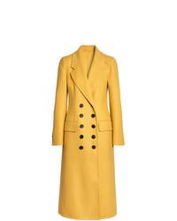 Abrigo amarillo de Burberry