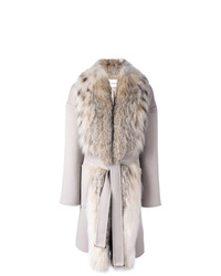 Abrigo con cuello de piel en beige de Guy Laroche