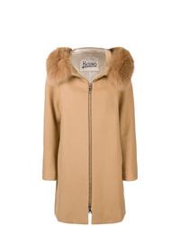 Abrigo con cuello de piel marrón claro de Herno