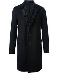 Abrigo con cuello de piel