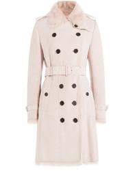 Abrigo con cuello de piel rosado