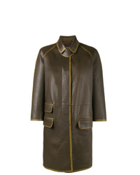 Abrigo de cuero en marrón oscuro de Prada