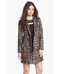 Abrigo de leopardo gris
