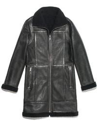 Abrigo de piel de oveja en gris oscuro
