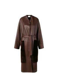 Abrigo de piel de oveja en marrón oscuro de The Row