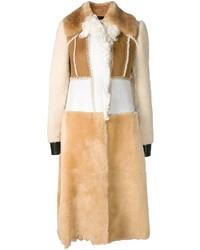 Abrigo de piel de oveja marrón claro de Calvin Klein