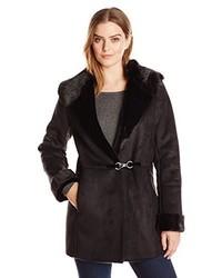 Abrigo de piel de oveja negro de Vera Wang