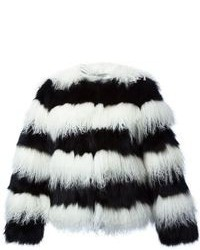 Abrigo de piel de rayas horizontales en blanco y negro de Alice + Olivia