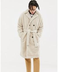 Abrigo de piel en beige