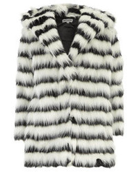 Abrigo de piel en blanco y negro