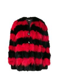 Abrigo de piel en rojo y negro de Miu Miu