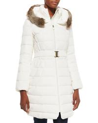 Abrigo de plumón blanco