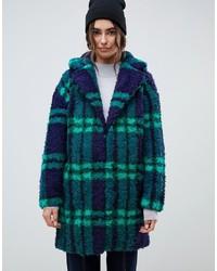 Abrigo en azul marino y verde