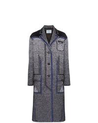 Abrigo en gris oscuro de Prada