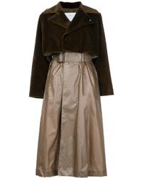 Abrigo en marrón oscuro de Toga Pulla