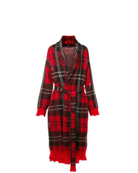 Abrigo largo de tartán burdeos de Alexander McQueen