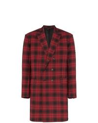 Abrigo largo de tartán rojo de Balenciaga