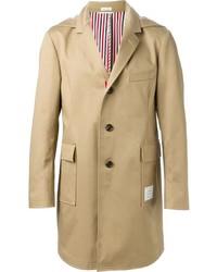 Abrigo largo en beige de Thom Browne