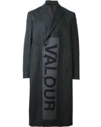 Abrigo largo en gris oscuro de Alexander McQueen