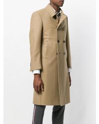 Abrigo largo marrón claro de Thom Browne