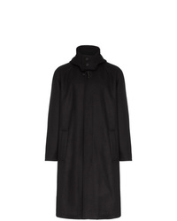 Abrigo largo negro de Lou Dalton
