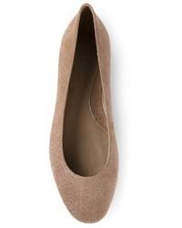 Bailarinas de ante marrón claro de Alexander McQueen