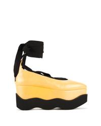 Bailarinas de cuero gruesas amarillas de Paloma Barceló