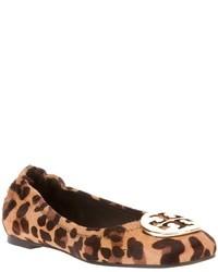 Bailarinas de leopardo marrónes de Tory Burch