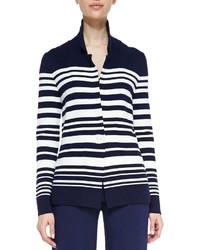 Blazer de rayas horizontales en blanco y azul marino