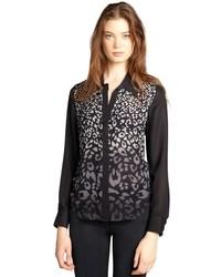 Blusa de botones de leopardo negra