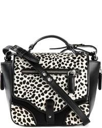 Bolso bandolera de cuero de leopardo en blanco y negro