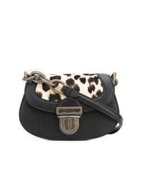 Bolso bandolera de cuero de leopardo negro de Bottega Veneta