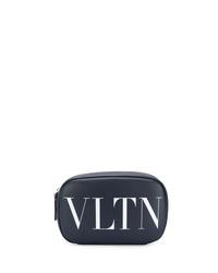 Bolso con cremallera de cuero estampado azul marino de Valentino