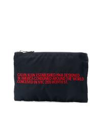 Bolso con cremallera de lona azul marino de Calvin Klein 205W39nyc