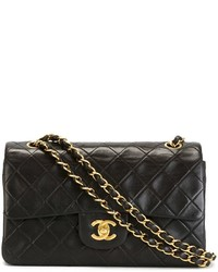 Bolso de cuero acolchado negro de Chanel