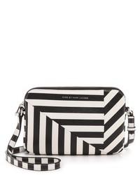 Bolso en negro y blanco