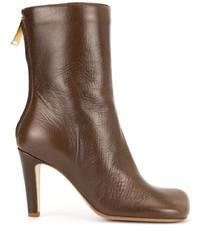 Botas a media pierna de cuero marrónes de Bottega Veneta