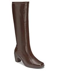 Botas de caña alta de cuero en marrón oscuro