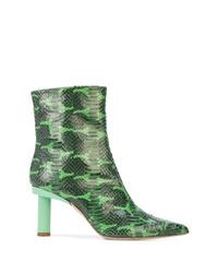 Botines de cuero con print de serpiente verdes de Tibi