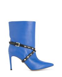 Botines de cuero con tachuelas azules de Valentino