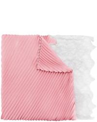 Bufanda de encaje rosada de Valentino
