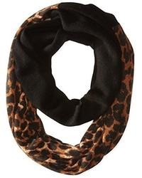 Bufanda de leopardo marrón de Sofia Cashmere