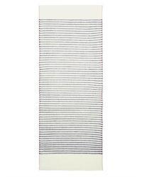 Bufanda de rayas horizontales en blanco y azul marino