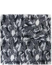Bufanda de seda en gris oscuro de Pierre Hardy