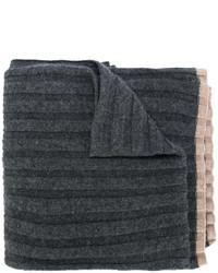 Bufanda en gris oscuro de Brunello Cucinelli