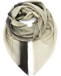 Bufanda estampada en beige