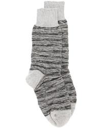 Calcetines de punto grises de Issey Miyake