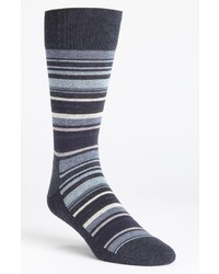 Calcetines de rayas horizontales azul marino