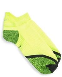 Calcetines en amarillo verdoso