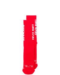 Calcetines rojos de Unravel Project